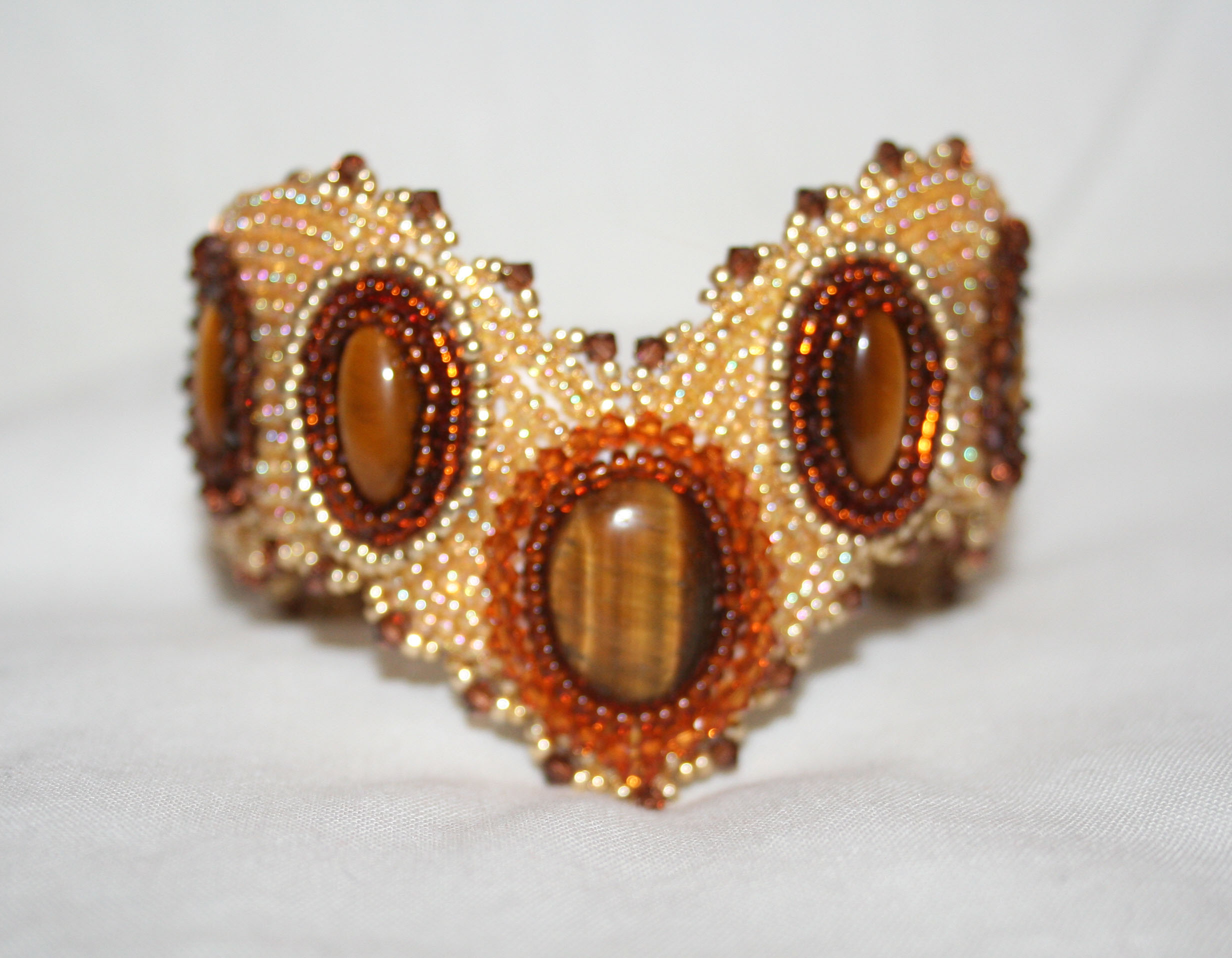 face anson signed cameo eyes links pin gemstone carved tiger brown eye cuff soldier