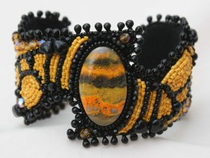 1 seed bead cuff yellow black orange gemstone bumble bee beaded  embroidery embroidered beads crystals weaving bracelet jewelry jewellery