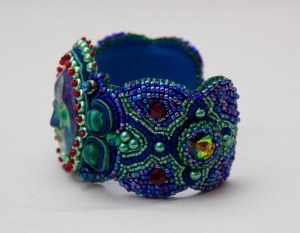 2 seed bead cuff blue red green face malachite embroidery embroidered beads crystals weaving bracelet jewelry jewellery