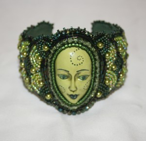 2 seed bead cuff olive green face embroidery embroidered beads crystals weaving bracelet jewelry jewellery 2