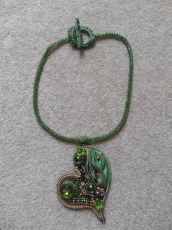 03 Jewellery jewelry necklace pendant CRAW heart green rose gold seed beads Swarovski crystal rivolli metallic crystals Czech glass flower cabochon pearls Shibori olive copper silk rope
